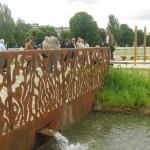 Le nouveau cours d'eau et la ferronnerie originale